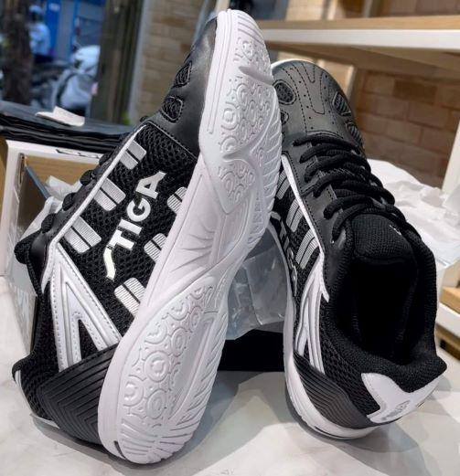 Giày bóng bàn Stiga 2021 màu đen